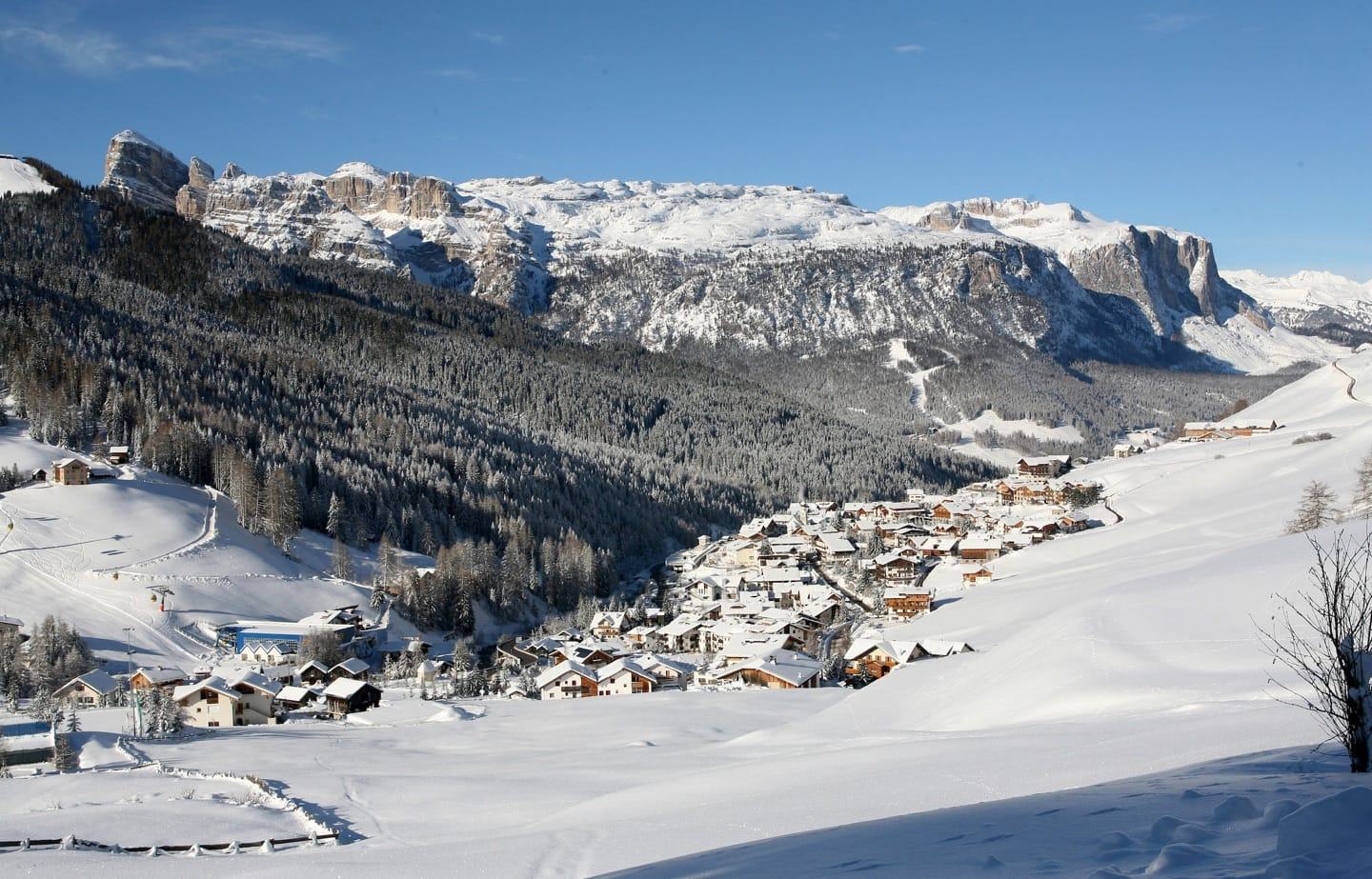 Winter view over the Sella Group and the Val de Misdé.